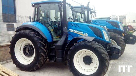 Tracteur agricole New Holland T5.120 EC - 3
