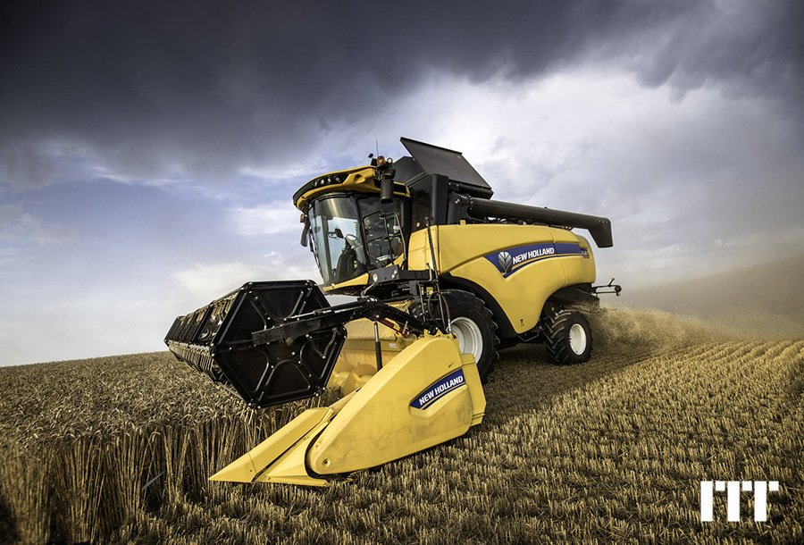 Moissonneuse batteuse New Holland CX 6.90 LATERALE - 1
