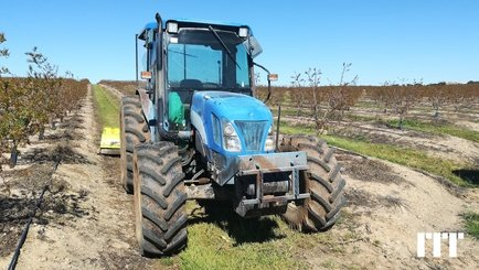 Tracteur agricole New Holland TNA 95 - 6